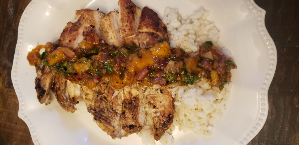 Trim Healthy Mama E Grilled Chicken with Peach Salsa